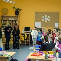 Nikolaus in der Volksschule 2014_10